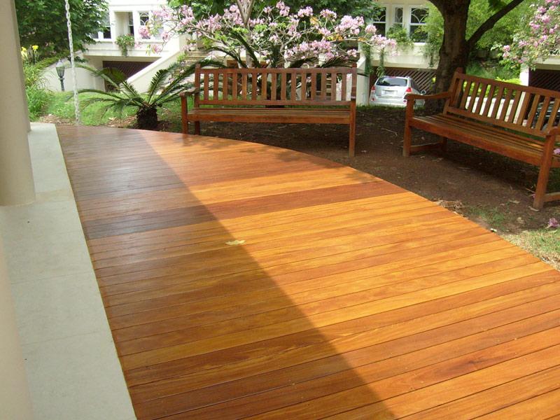 empresa-deck-madeira